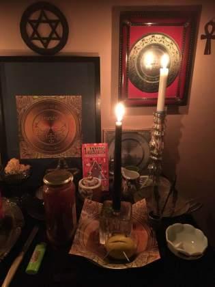 Это ритуал на рассорку с демонами Буконом и Белиалом.