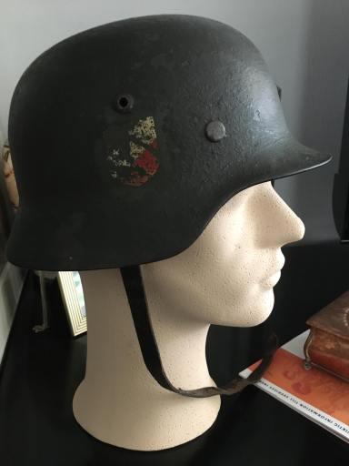 這頭盔屬於我的鬼魂。