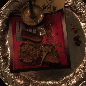 Dies ist ein Ritual mit Luzifer, Barzabel und Graphiel.